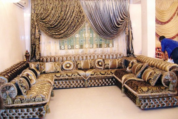 salon marocain tapissier s36 salons marocains 2013 2014 salon marocain. Black Bedroom Furniture Sets. Home Design Ideas