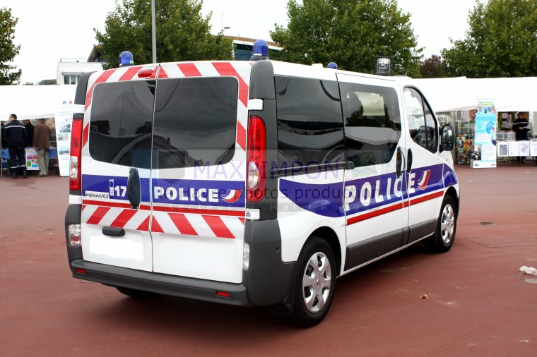 renault trafic police nationale rouen 76 j 39 ai pas choisi d 39 tre normand j 39 a juste de la. Black Bedroom Furniture Sets. Home Design Ideas