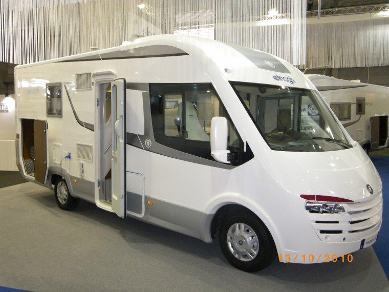 integral elnagh magnum 70 camping car passion. Black Bedroom Furniture Sets. Home Design Ideas