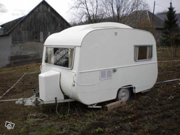 une caravane michel chollet vue sur leboncoin caravane ode la caravane. Black Bedroom Furniture Sets. Home Design Ideas