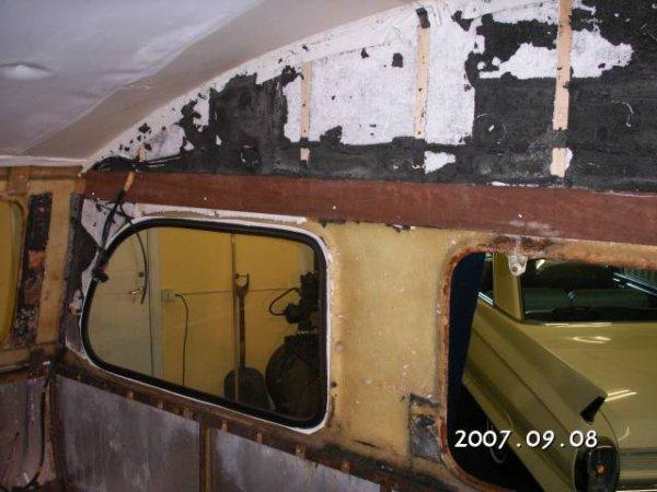 Un int rieur constructam en r novation caravane ode - Renover une caravane ...
