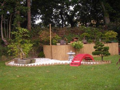jardin japonais bonsa du bout du monde. Black Bedroom Furniture Sets. Home Design Ideas
