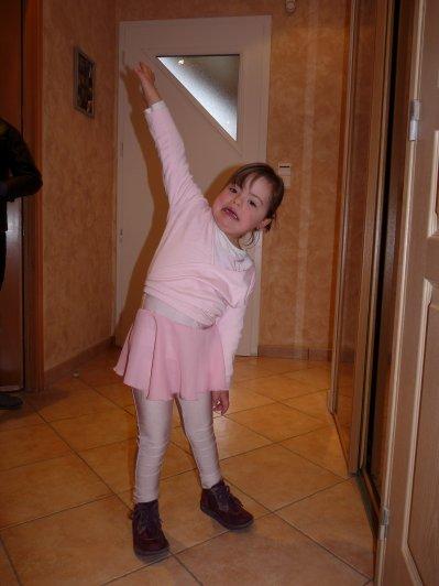Nouvelle activit� pour Naomie....La danse !!!