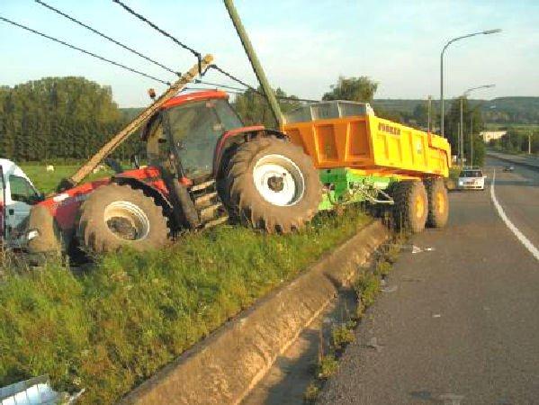 belgique tracteur agricole routier le nombre de tracteurs destin s aux transports augmentent. Black Bedroom Furniture Sets. Home Design Ideas