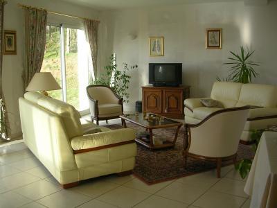 Changement de disposition des meubles ma maison et son for Disposition des meubles dans un salon
