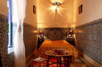 Bedroom dormitorio chambre coucher for Film chambre 13 marocain