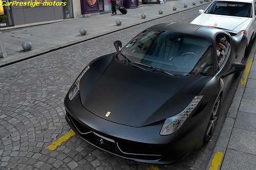 ferrari 458 italia noir mat bienvenue sur le blog 100 voiture. Black Bedroom Furniture Sets. Home Design Ideas