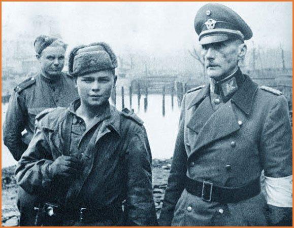 Soldats russes adolescents russes