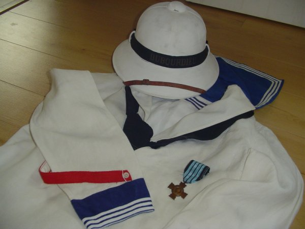 casque coloniale