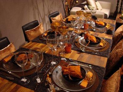 D co de table brun orange merveilles de l 39 orient for Deco de table orange