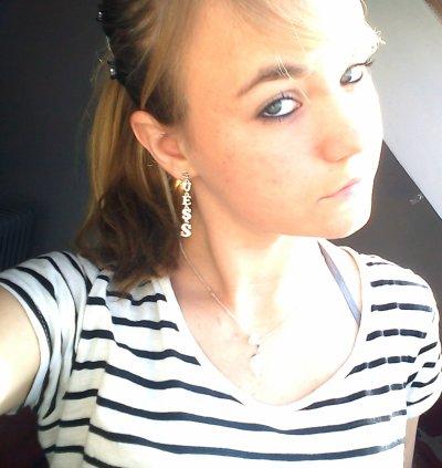 &&.` > Pauline  ,  16 ans ,   C�libataire  ,  Vitr� (35)