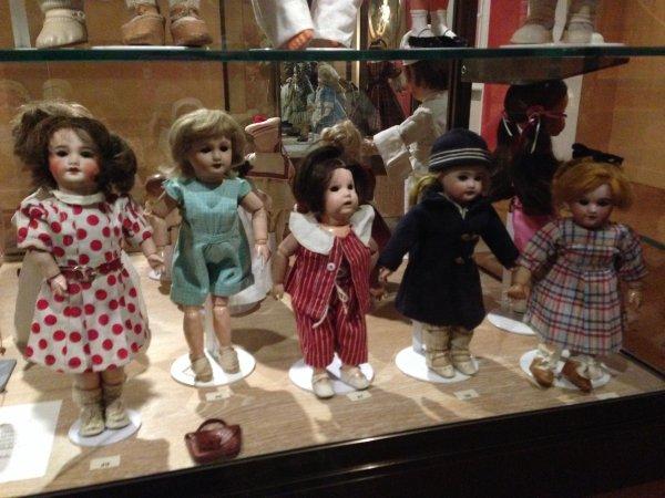 """Belle Histoire à venir """"Bambino"""" Jumeau 278/3  et  Salon du Jouet  à Poissy"""