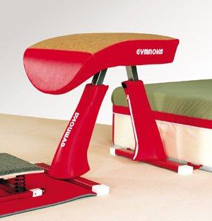 Gymnastique artistique masculine le saut de cheval - Table de saut gymnova ...