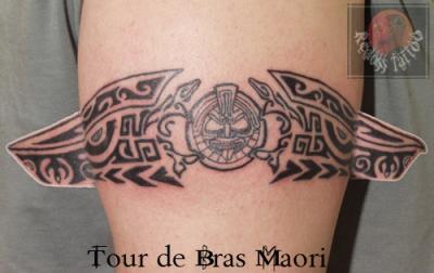 Tour de bras moari redoss tattoo - Signification tatouage tour de bras ...