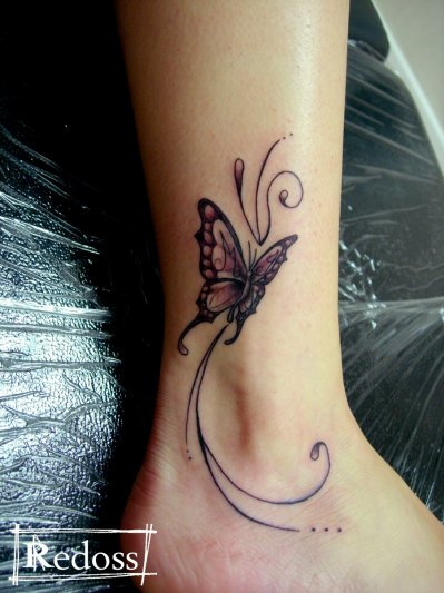 papillon autour de la cheville redoss tattoo. Black Bedroom Furniture Sets. Home Design Ideas
