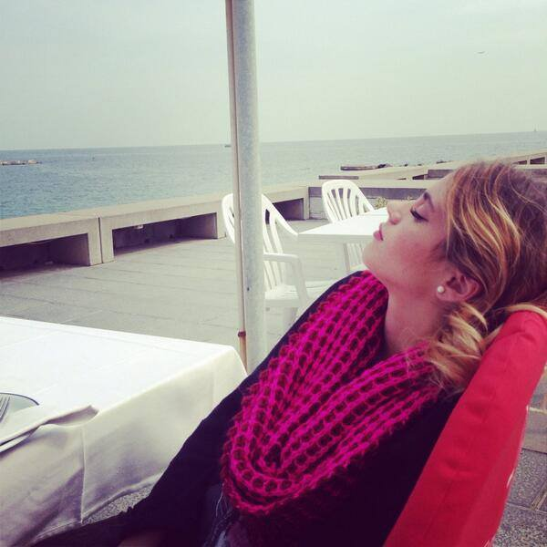 new photo de tini dure dure la vie !! ^^