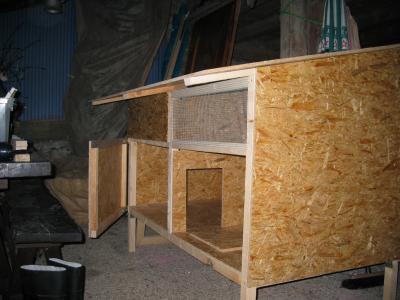 le petit poulailler le poulaillou. Black Bedroom Furniture Sets. Home Design Ideas