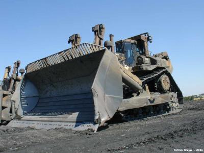 Le plus gros bulldozer en activit en alllemagne dans une - Le plus gros porte conteneur de chez maersk ...