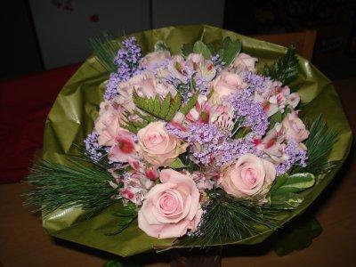 Mon bouquet de fleur pour noel pres de mon homme trop beau for Bouquet de fleurs pour un homme
