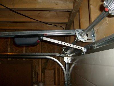 la motorisation de porte de garage avant r glage maison bois doudou. Black Bedroom Furniture Sets. Home Design Ideas