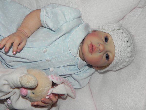 Epoustoufflante Joyfull adopt�e merci a sa nouvelle maman