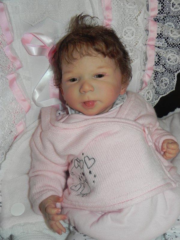 Malicieuse petite Katy adopt�e rebaptise Charly merci Isabelle