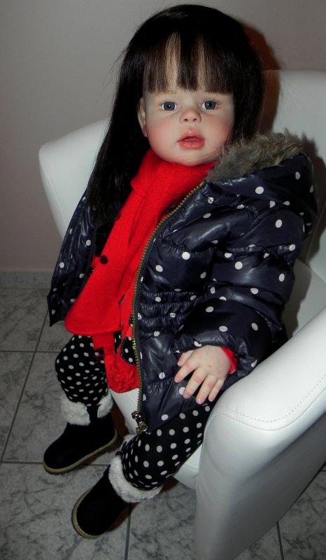 Violette cr�e sur commande une petite fille d'Amour