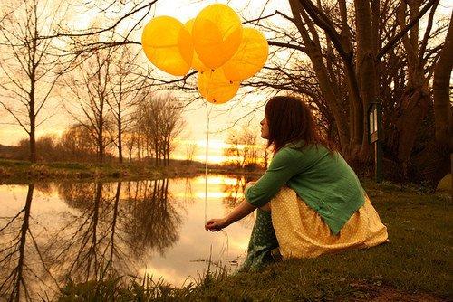 Chaque personne qu'on s'autorise � aimer, est quelqu'un qu'on prend le risque de perdre.