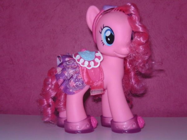 Pinkie Pie Fashion Style Blog De Ooneptuneoo