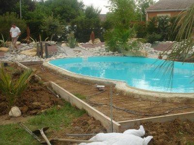 Amenagement tour de piscine 1 blog de maxmalou - Habillage tour de piscine ...