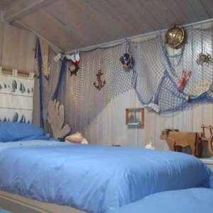 deco marine pour la chambre de nico liline. Black Bedroom Furniture Sets. Home Design Ideas