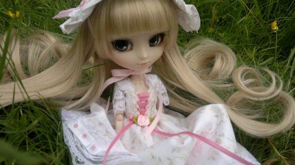 Nouvelle robe pour ma victorique ! ♥
