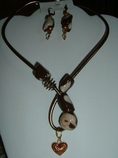 Parure collier fil aluminium bronze avec perles et - Tuto bijoux pate fimo et fil aluminium ...