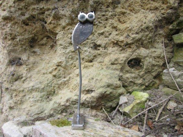 sculpture Chouette avec vieux outils par Falko