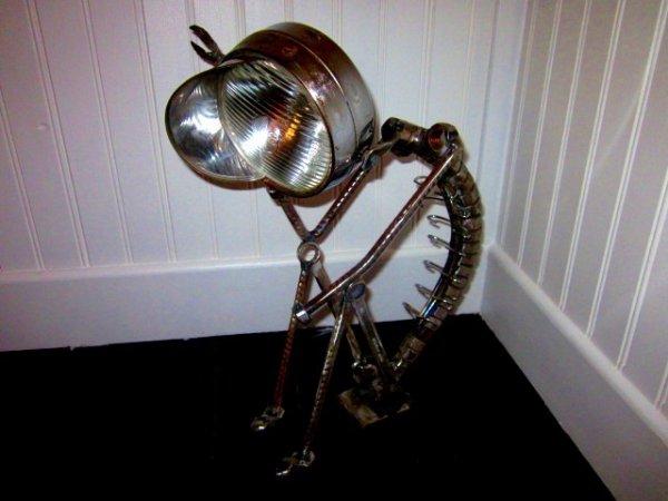 sculpture le Penseur avec vieux outils par Falko