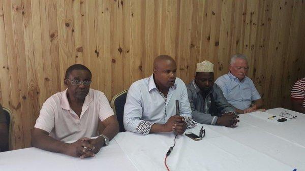 Une Conf�rence de presse convoqu�e par les passagers d Air Madagascar