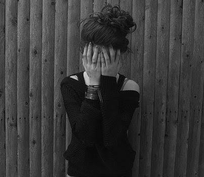 01 adolescent ivre pleure comme