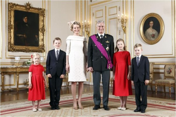 SPECIAL DRESS QUEEN MATHILDE OF BELGIUM
