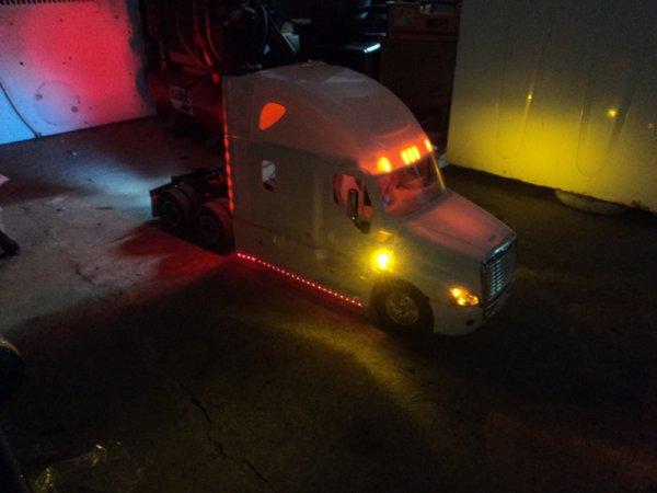 Freight Cascadia 030 bis