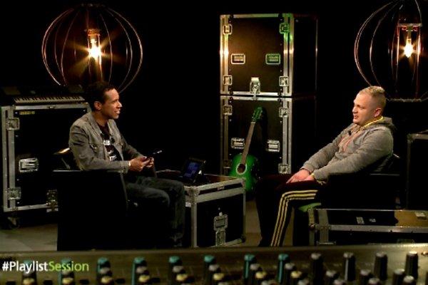 Jul m'accorde sa premi�re interview tv