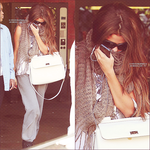 + May 15th  ;   Selena arrivant et quittant un studio de danse � Los Angeles. +
