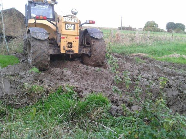 Bottes dans la boue