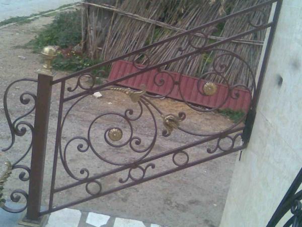 rampe d 39 escalier fer forg 25 blog de barrieres rampes fer. Black Bedroom Furniture Sets. Home Design Ideas
