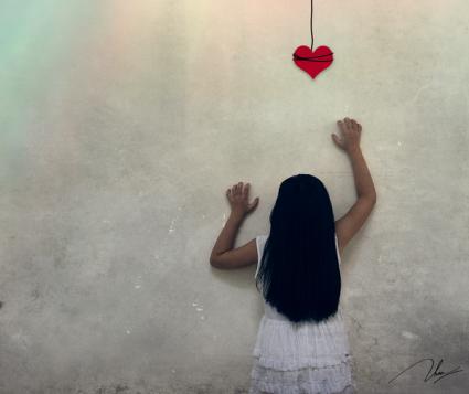 Pour la premi�re fois de ma vie, j'ai ressenti le sens du mot � jamais �.  Et bien, c'est horrible. On prononce ce mot cent fois par jour, mais on ne  sait pas ce qu'on dit avant d'avoir �t� confront� � un vrai � plus jamais �.  Finalement, on a toujours l'impression qu'on contr�le ce qui arrive, rien  ne nous semble d�finitif. L'�l�gance du h�risson