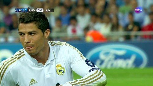 Cristiano Ronaldo vs Ajax (H) 11-12 HD 720p (Xris7)