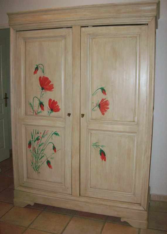 armoire mitou d co int rieure peinture sur bois. Black Bedroom Furniture Sets. Home Design Ideas