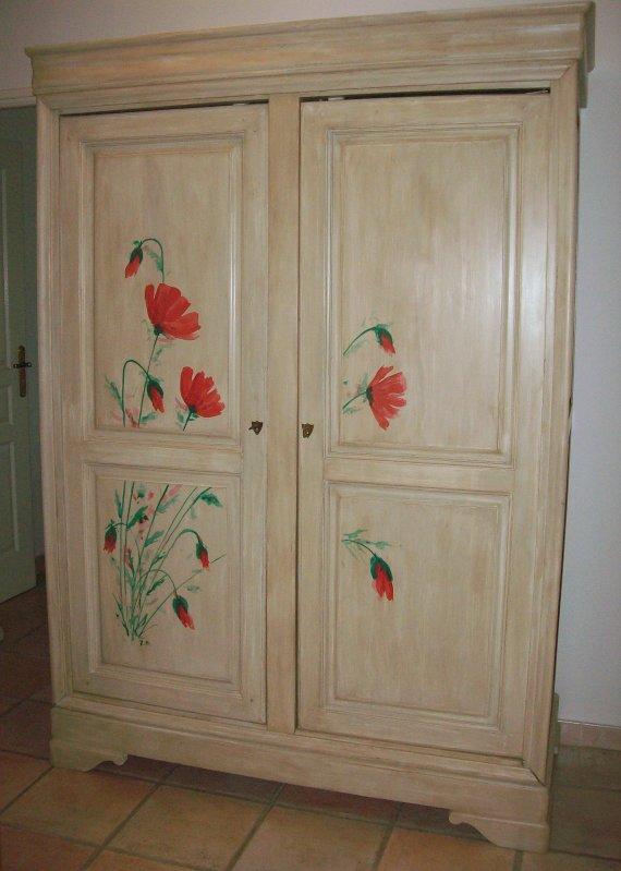 Armoire mitou d co int rieure peinture sur bois - Peindre une armoire en pin ...