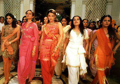 Chandra jaya lalita maya lucky un coup de foudre - Aishwarya rai coup de foudre a bollywood ...