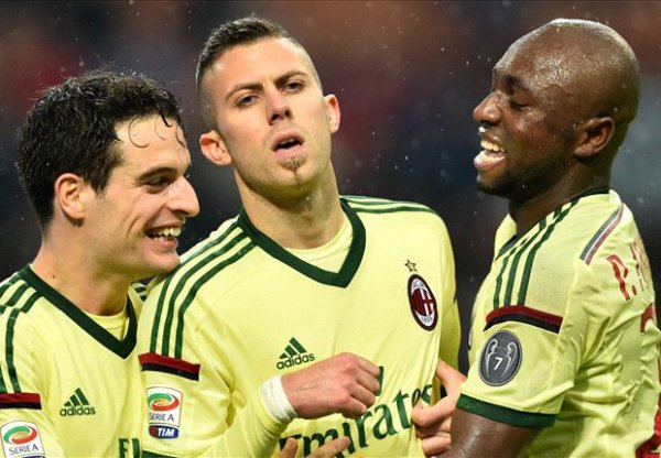 2014 S�rie A J13 AC MILAN UDINESE 2-0