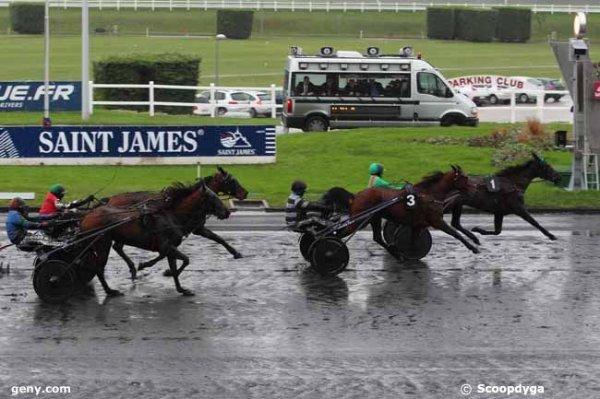mieux que rien ! 3 chevaux a suivre pour le Quint�+ de VINCENNES :   409 Univers Gascon* (mon tocard !)   406 Uno de Guinette* (mon outsider !)   412 Ustou* (mon favori !)